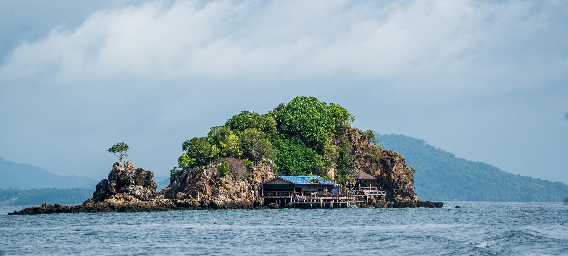 Tayland'ın En Gözde Tatil Adası: Phuket Adası ve Bilmeniz Gerekenler